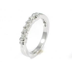 18K 5 Diamond Wedding/Anniversary Band